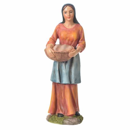 Agricultora con cesta para belenes de 30cm, resina s1