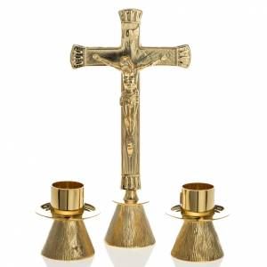 Altar cross and candle holders in brass s1