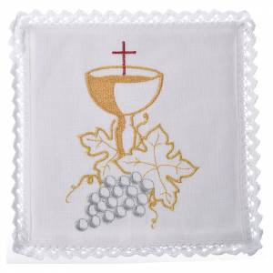 Altar linens: Altar linens set, with chalice and grapes