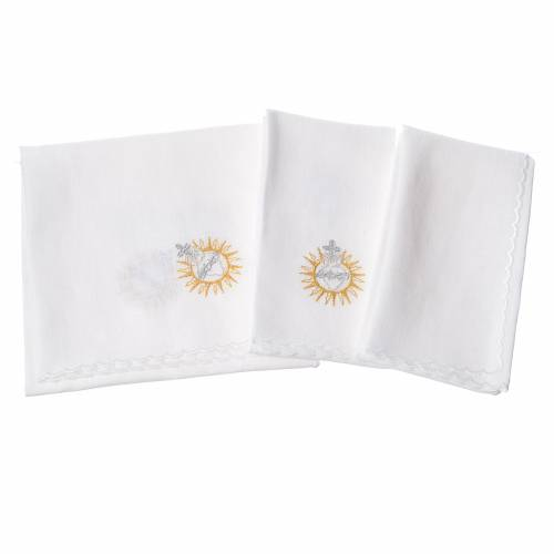 Altar linens set, with Jesus Blessing s2