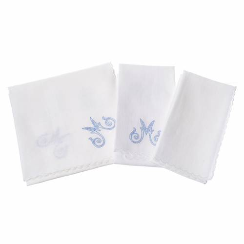 Altar linens set, with Marian symbol and decorations s2