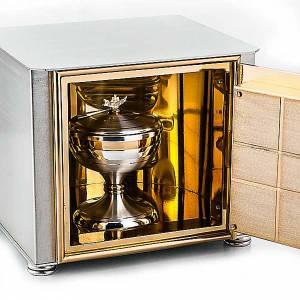 Tabernacles: Altar tabernacle braking bread