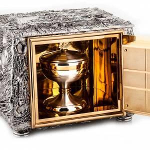 Altar tabernacle, stylized cross s3