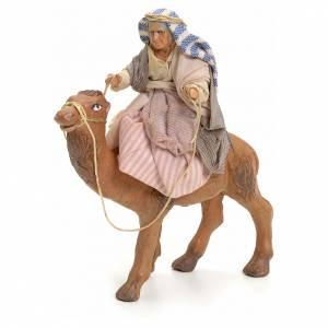 Belén napolitano: Anciana sobre camello cm 8 pesebre napolitano