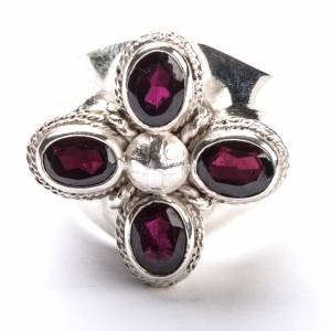Articoli vescovili: Anello vescovile argento 800 quattro pietre granato