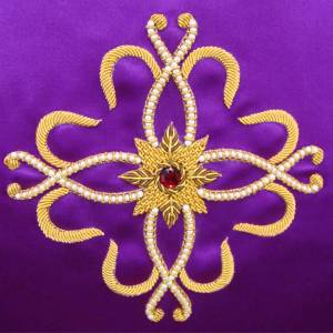 Chasuble in pure silk, hand-embroidered s4