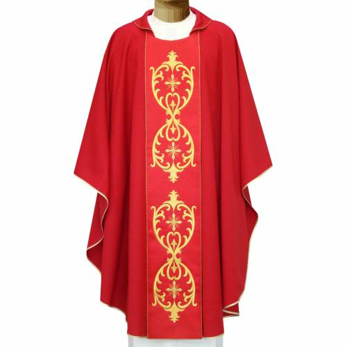 Chasuble in wool, double twisted yarn and embroidered galloon s1