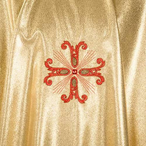Chasuble liturgique dorée 3 croix rouges s3