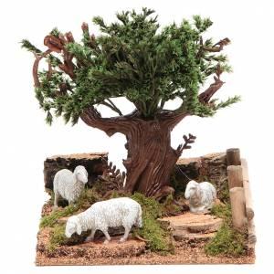 Maisons, milieux, ateliers, puits: Chêne sur colline avec moutons 16x10x18 cm pour crèche