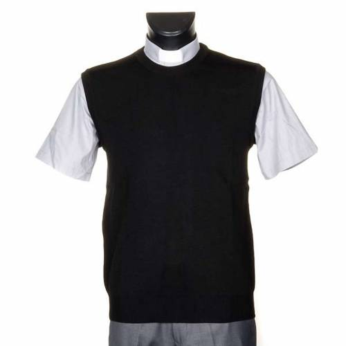Crew-neck woollen waistcoat s1