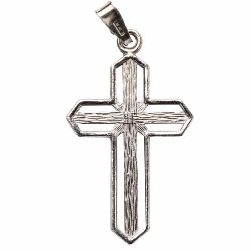Crucifijo de plata efecto rayas s1
