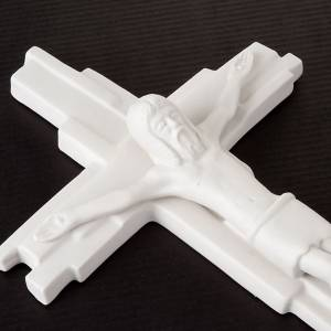 Crucifixes in ceramic, porcelain and clay: Crucifixed and resurrected