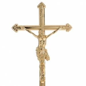 Cruces de altar con candeleros: Cruz de mesa y pareja de candelabros de latón 53x30cm