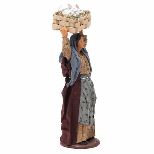 Donna con cassetta conigli 14 cm presepe napoletano s4