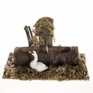 Fontaine en miniature avec cygne s1