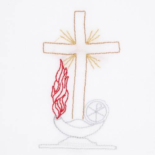 Linge d'autel avec amict croix lampe s2