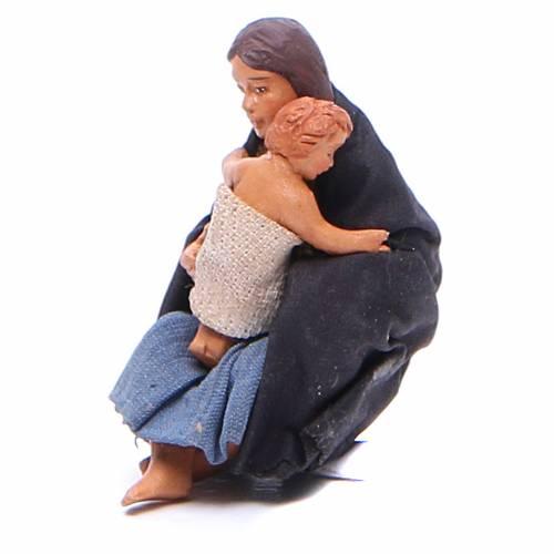 Maman assise à terre avec bébé 10 cm crèche Naples s2