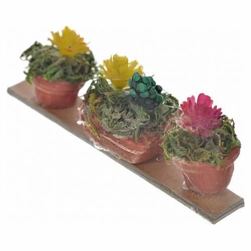 Neapolitan Nativity scene accessory, shelf 3 vases and flowers s2