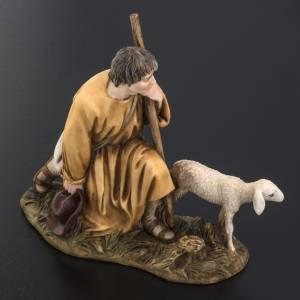 Pastorello con agnello 18 cm presepe Landi s4