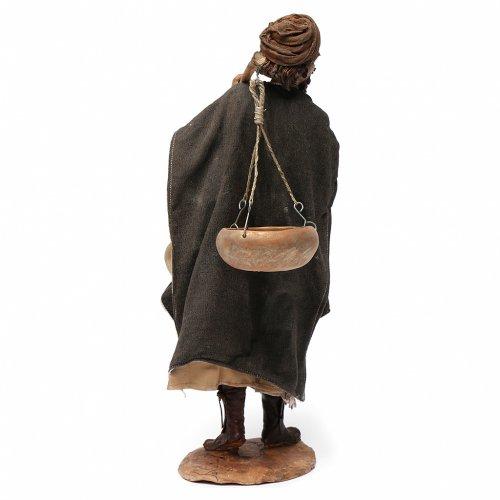 Paysan avec balance 30 cm crèche Angela Tripi s4