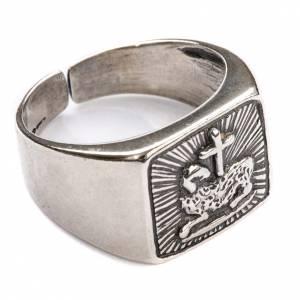 Akcesoria dla biskupa: Pierścień dla biskupów baranek srebro 800