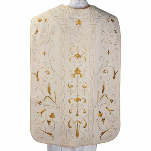 Roman chasuble with golden embroidery s5