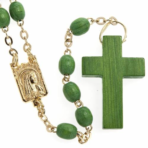 Rosary beads in green wood with golden clasp s1