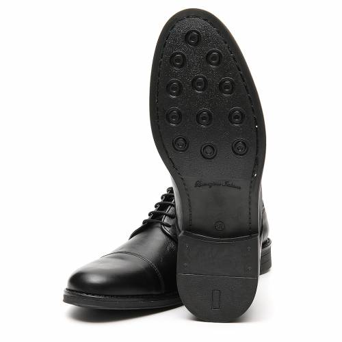 Shoes in opaque real leather, toe cut s6