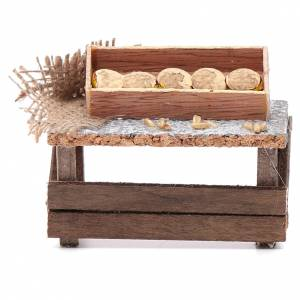 Miniature food: Table with bread