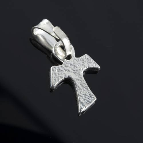Tau cross in silver 800. 1,2 x 1 cm 3
