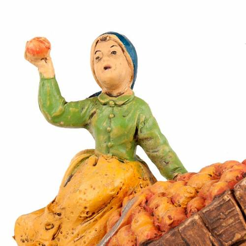 Vendedora de manzanas con carrito 10 cm s2