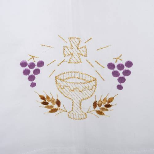 White alb in wool, chalice, grapes, earis of wheat s2