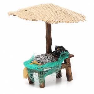 Workshop nativity with beach umbrella, sardine and mussels 16x10x12cm s3