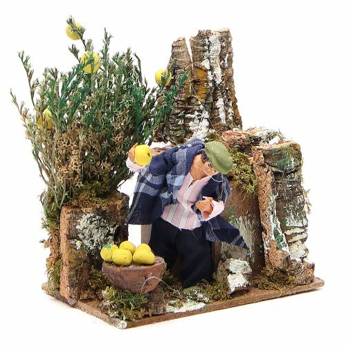 Animated nativity figurine 10cm man collecting lemons s3