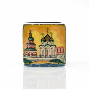 Boite laquée russe 'églises de Moscou' ocre s2