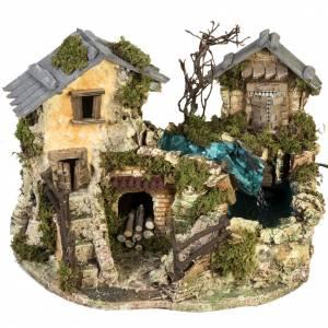 Ambientazioni, botteghe, case, pozzi: Cascata tra le case: ambientazione presepe