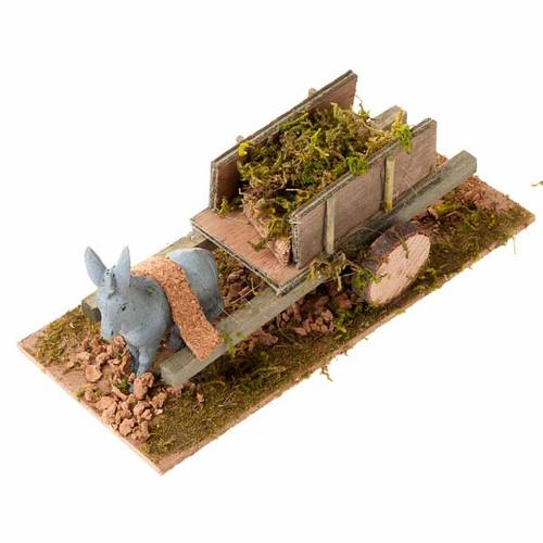 Burro con carrito cargado de hierba 8 cm 1