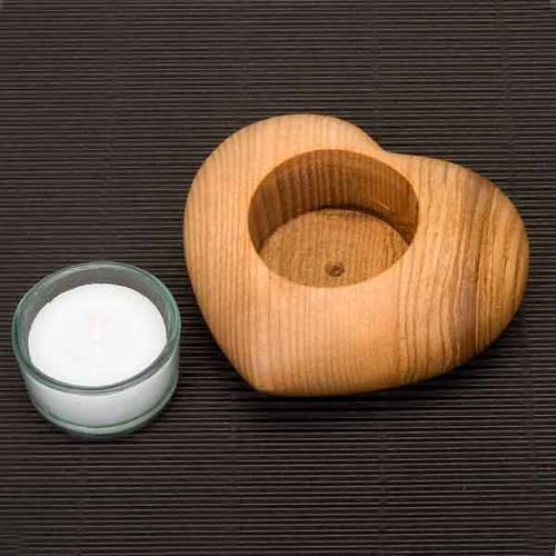 candélabre en bois avec coeur s3