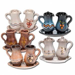 Ceramic cruets: Ceramic amphora cruet set