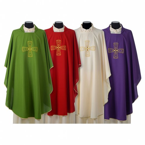 Chasuble avec broderie croix s1