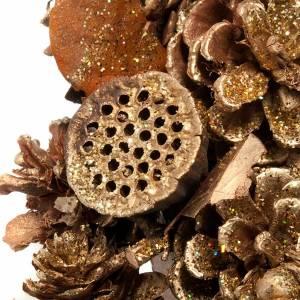 Corona natalizia dorata pigne bacche fior di loto s2