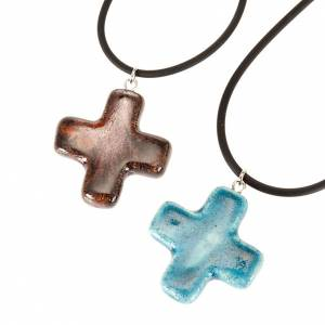 Croce pendente quadrata blu e marrone s1