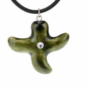 Pendentifs croix céramique: Croix verte irrégulière avec Swarovski