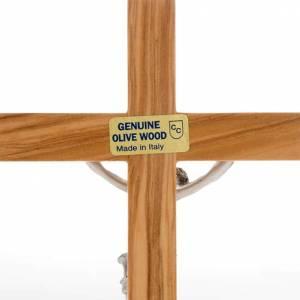 Crucifijos de mesa: Crucifijo plateado de mesa madera olivo