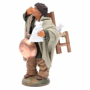 Evicted man with chair, Neapolitan Nativity 10cm s2