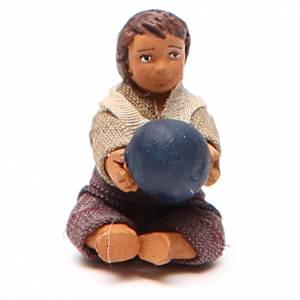 Fanciullo con palla seduto 10 cm presepe napoletano s1