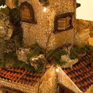 Krippe Hütten und Grotten: Grotte Krippe mit alten beleuchtenden Ortschaft 30x42x30