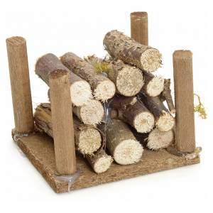Moos, Stroh und Bäume für Krippe: Holzstapel für Selber-Bauen-Krippe