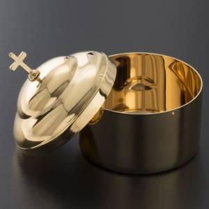 Hostbox in shiny golden brass s3