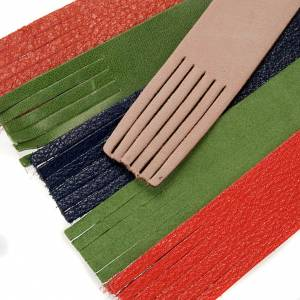 Marque page cuir pour Missel ou Lectionnaire 5 rubans s2